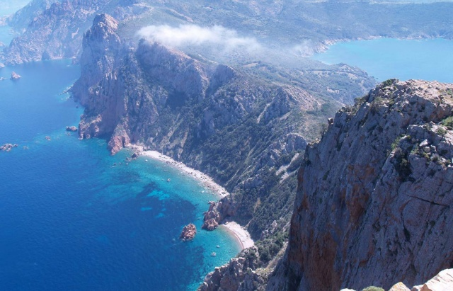 GiviExplorer-Europe-Active-Corsica-Landscape-6-640×411