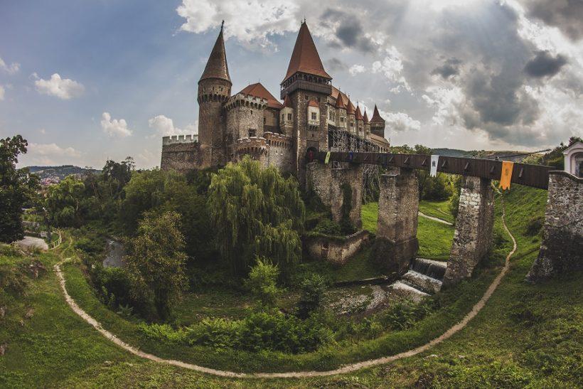 ROMANIA (1)